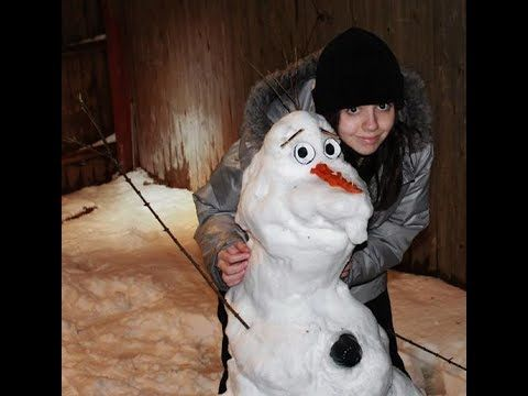 Building Olaf - video time lapse and song - Do you wanna build a snowman. (quite long)