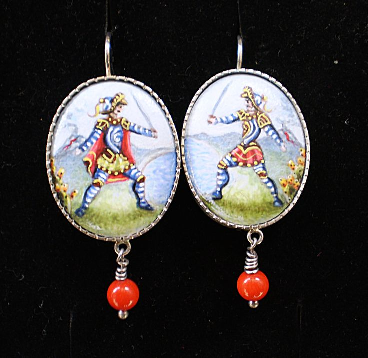 www.decortack.com #Decortack i #paladini: #orecchini #dipintoamano su #porcellana #argento925 #Earrings #silver925 #paladins #handpainted #ceramic