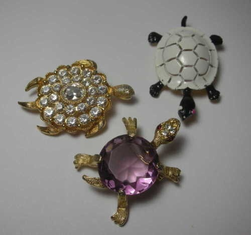 Lovely Turtle Rhinestone and Enamel Vintage by GypsyRoadStudio, $54.00