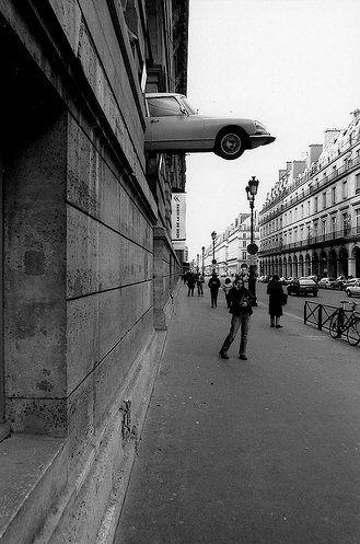 rue de Rivoli - Paris ... La DS Citroën