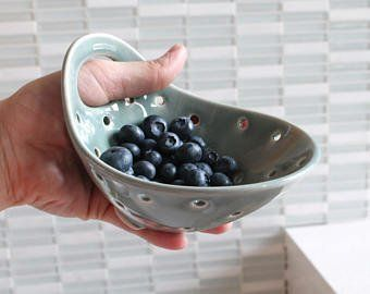 GOLD RIM Pottery Berry Bowl with Handle – Small – Ceramic Colander