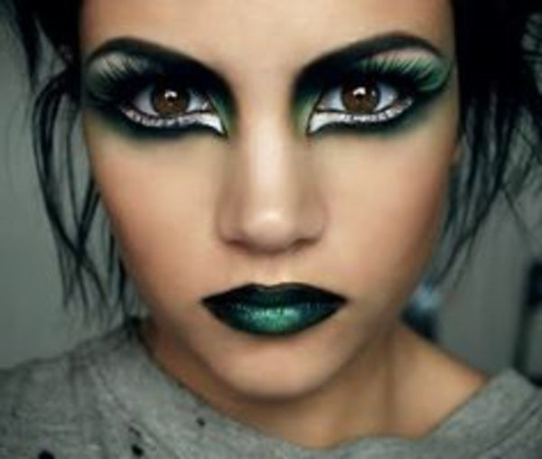 grüne lippen - interessante halloween make up idee (Diy Costume Witch)