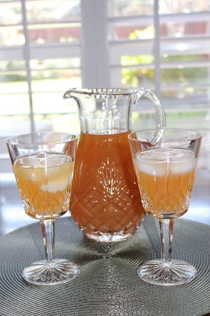 Vanilla Almond Iced Tea