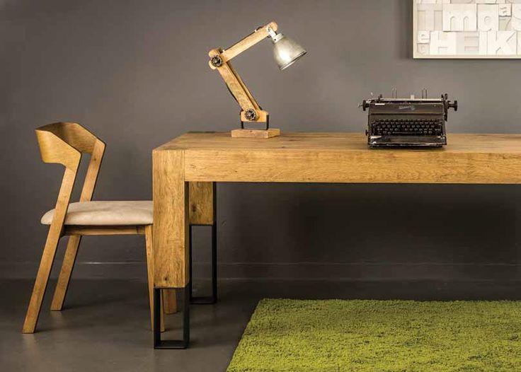 ΤΡΑΠΕΖΑΡΙΑ CUBE   Τραπέζι σε ξύλο ρουστίκ δρύς με μεταλλικό πόδι   Ελληνικής κατασκευής με μεγάλη επιλογή αποχρώσεων του ξύλου και στο μεταλλικό πόδι.  Διαστάσεις 200 cm x 100 cm + 50 cm προέκταση φύλου.      *Παράγεται σε ότι διάσταση επιθυμείτε