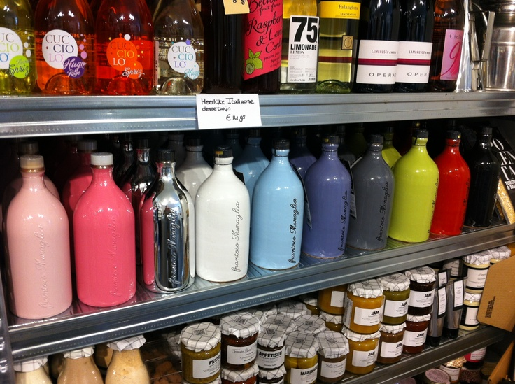 Frantoio Muraglia beautiful bottles with extra virgine olive oil