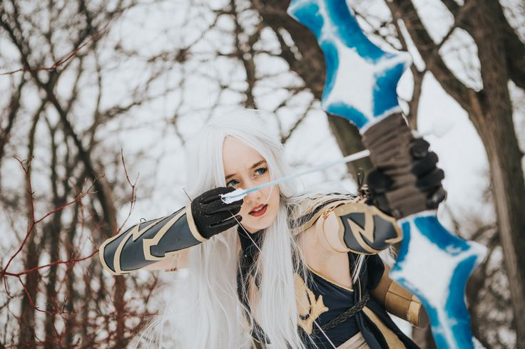 Ashe Cosplay from League of Legends by VinylRaven   Photo by Taylor Brown and Laina Brown- Laina Brown Photography #leagueoflegends #ashe #cosplay
