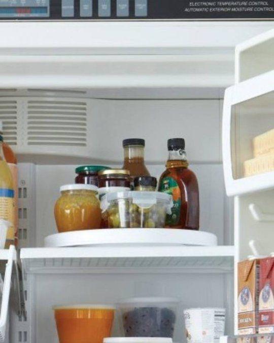 7 Tricks to Keep Your Fridge Neat & Organized