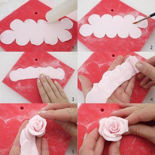 """Matériel et moules de modelage pour pâte à sucre et pâte d'amande > Emporte-pièces et réglettes à pâte à sucre > Découpoir """"Rose facile"""" FMM ROSE 3D : CuistoShop"""