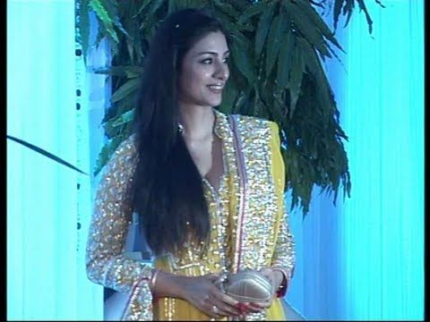 Tabu at Esha Deol's and Bharat Takhtani's wedding reception.