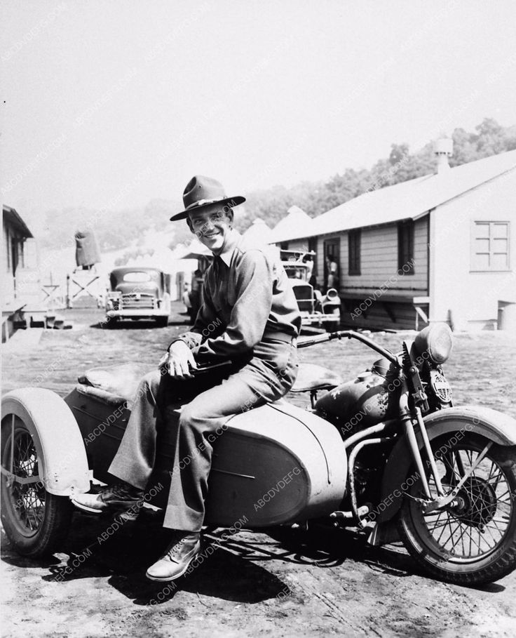 photo Fred Astaire on old motorcycle and sidecar You'll Never Get Rich 2880-32