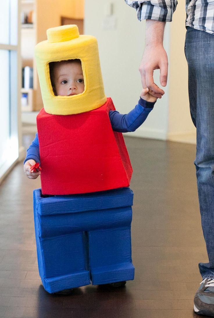Les 108 meilleures images du tableau lego sur pinterest id es de d guisement d guisements d - Deguisement tete de lego ...