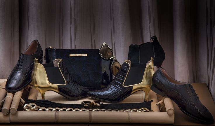 BLACK & GOLD wow! So in love with our VCD black and gold collection #fashion #photoshoot #shoes #handbags #gold #black