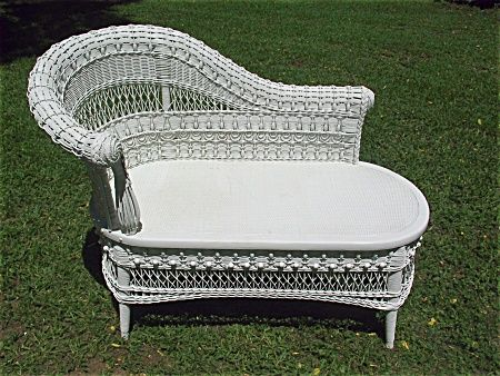 Rare Ornate Antique Victorian Wicker Divan Heywood Brothers and Wakefield Company