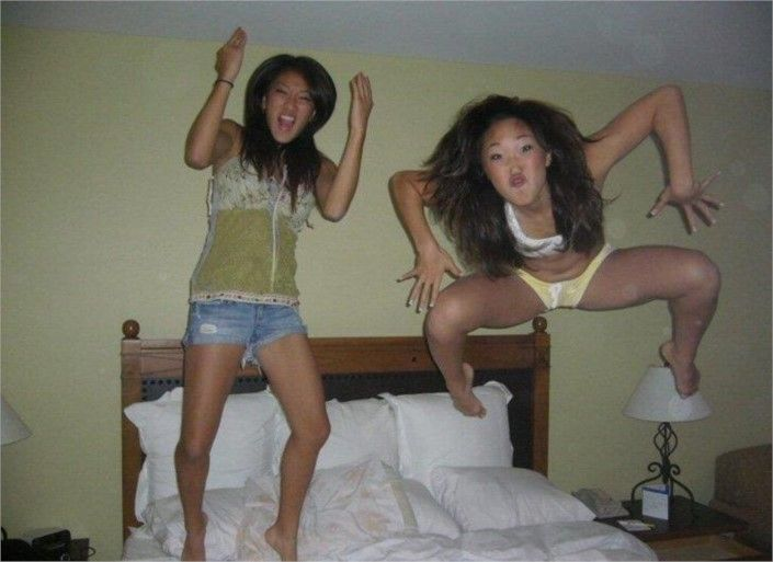 Whoa There Crab - Top 20 Hilarious #PerfectlyTimedPhotos #Weird #FunnyPictures #wtf