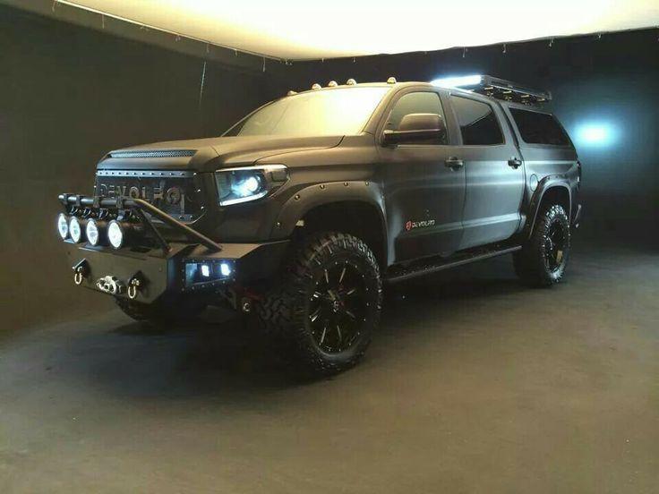 toyota tundra 2016 SUV black edition (4x4 off-road)                                                                                                                                                                                 More