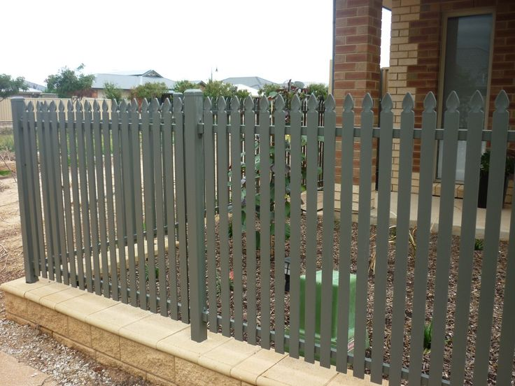 Are you looking for a fencing contractor in south Australia? Contact Fencing World. We are trusted and experienced fencing providers in SA. We offer both sypply and installation of fencing.
