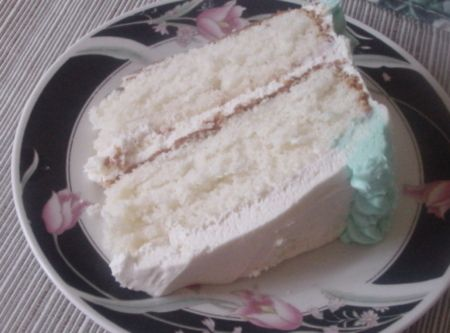 Super Moist White Cake Recipe Moist white cakes White cakes and