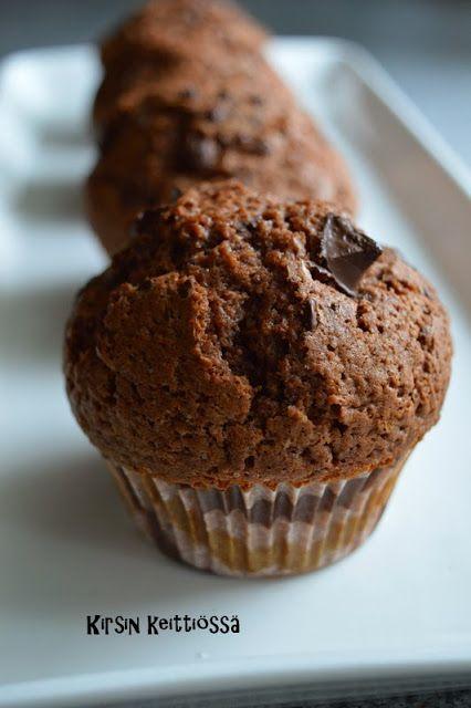 Kirsin keittiössä: Amerikkalaiset suklaamufinssit (glut.)