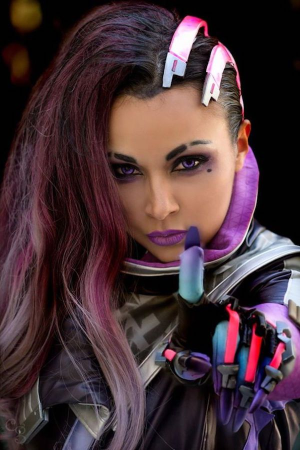 Overwatch's Sombra Got An Official Cosplay Reveal At Blizzcon