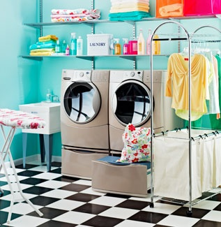 this is the floor I want for our laundry room..in 1-piece vinylWall Colors, Floors, Dreams House, Room Ideas, Laundry Rooms, Painting Colors, Retro Style, Bright Colors, Laundryroom