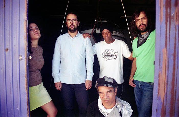 "Está desvendado o novo single dosGala Drop. O tema chama-se ""Sun Gun"" e faz parte do novo disco da banda, um registo a ser editado a 24 de Novembro, numa parceria entre aGolf Channel Recordings e..."