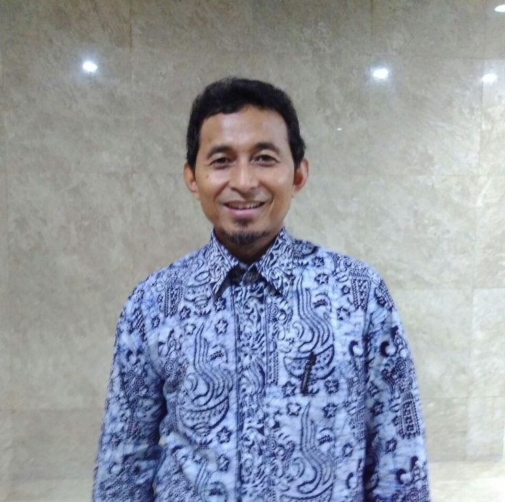 "KIBLAT.NET, Jakarta – Ketua Badan Perencanaan Partai Keadilan Sejahtera (PKS) Bukhari Yusuf, Lc tak setuju jika Muhammad bin Abdul Wahab dikait-kaitkan dengan radikalisme. Menurutnya ulama yang dianggapsebagai peloporgerakan yang disebut Wahabi itu mencoba untuk mengembalikan karakter umat Islam. ""Jika gerakan Abdul Wahab itu adalah mengembalikan kepada pemahaman yang dasar yaitu pemahaman Al-Quran dan Sunnah apa …"