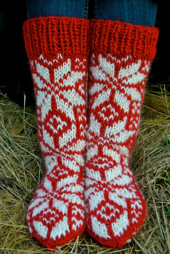 Hlín CUSTOM Icelandic Woolen Socks by IcelandicKnitsbyAnna