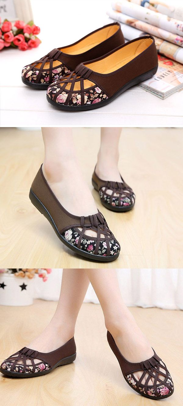 US$11.03 Hollow Out Flower Print Breathable Slip On Flat Loafers