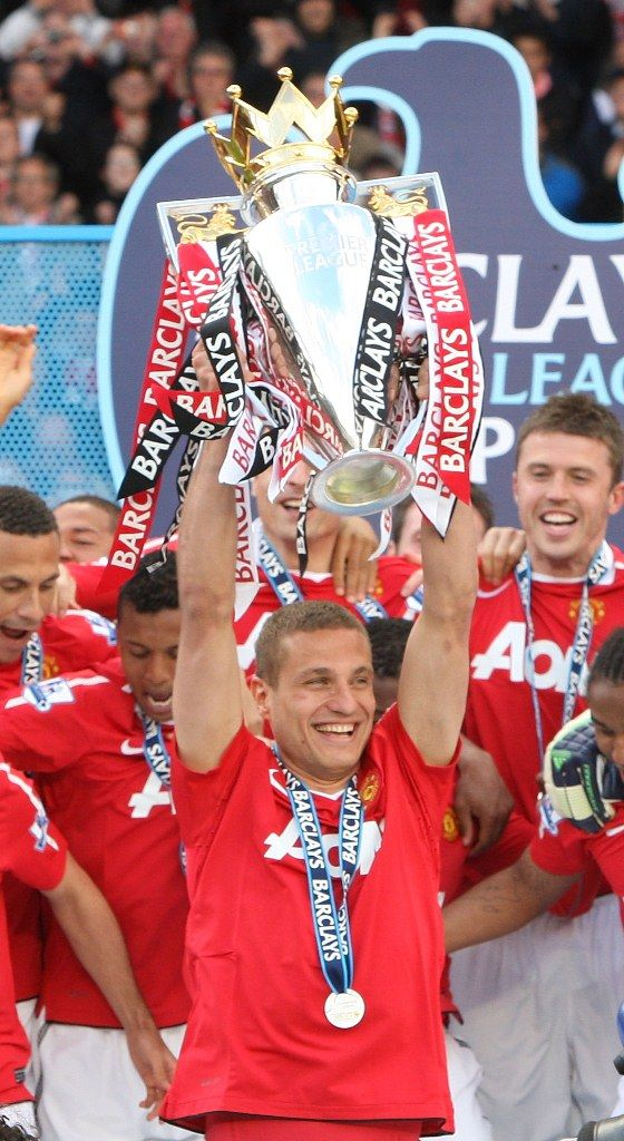 Manchester United defender Nemanja Vidic is proud to be able to lift the Barclays Premier League trophy, but says it represents a team effort.