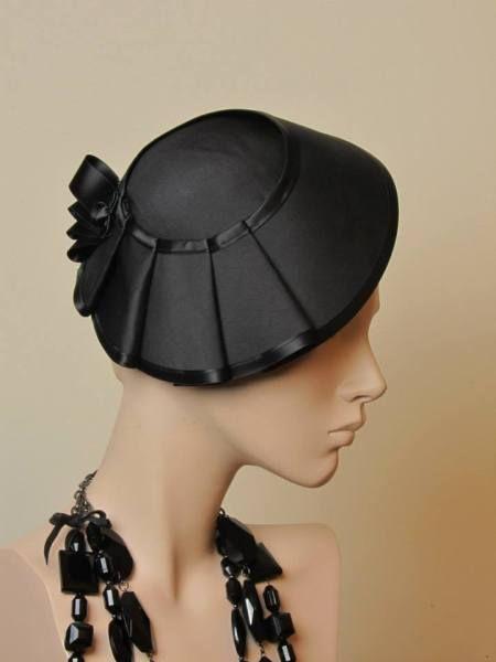 by RICARDA ENGELSBERGER #millinery #hats #HatAcademy
