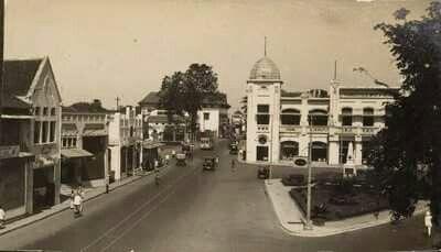 Aloen-aloen Tjontong 1928