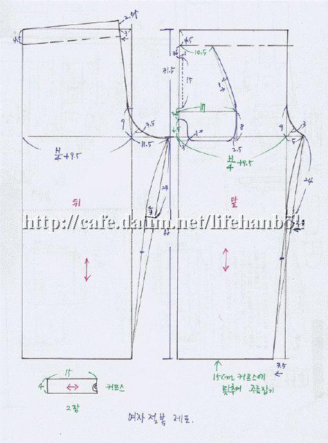 집에서 편안히 입을수 있는 바지입니다. 바지단은 적당히 주름을 잡고,허리는 고무줄을 넣습니다. 조금더 편안히 입으려면 밑길이를 조금 늘려도 되겠죠.