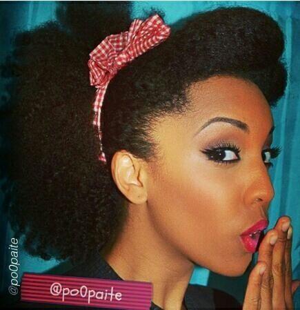 Cheveux Afro Naturels. http://goo.gl/hXG529, pour plus d'info sur le soin des cheveux afro et comment faire pousser les cheveux afro.
