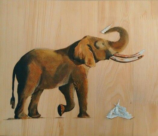 Un gran peso no impide empezar un gran viaje, el sabe que mientras va caminando, va liberando su carga, prefiere viajar; prefiere volar que llorar. #expedicionesalreinoanimal #elephant #bytallersancho