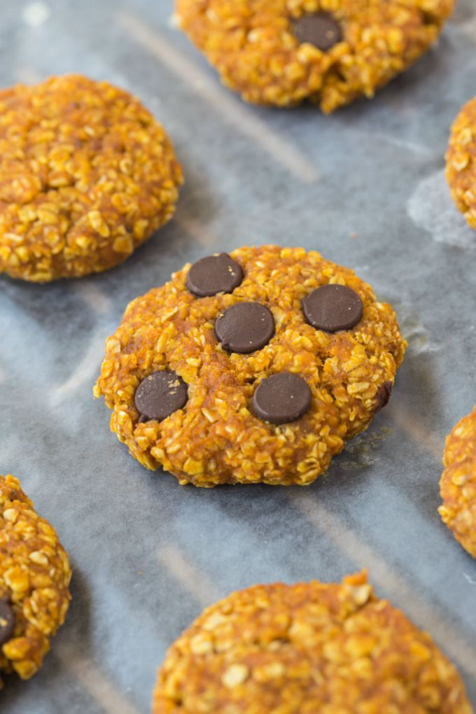 Healthy 3 Ingredient Flourless Pumpkin Cookies- Chewy, Easy,  quick and just three ingredients, these cookies have no butter, flour and can be completely sugar free! {vegan, gluten-free option}
