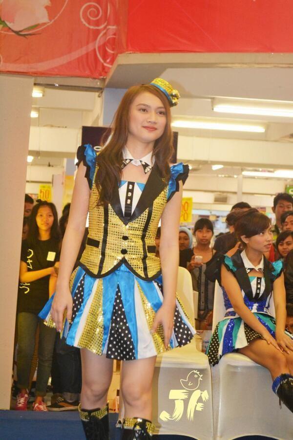 Melody Nurramdhani Laksani | @melodyJKT48 #LoL