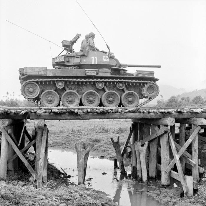 A very nice view of a M24 Chaffee light tank