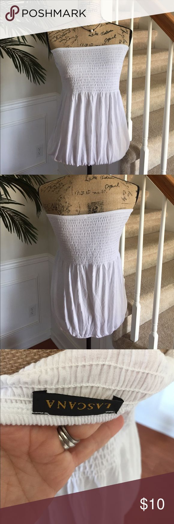 White tube top with elastic waist at bottom EUC L. White tube top with elastic waist at bottom. Size Large NEVER WORN. lascana Tops Blouses