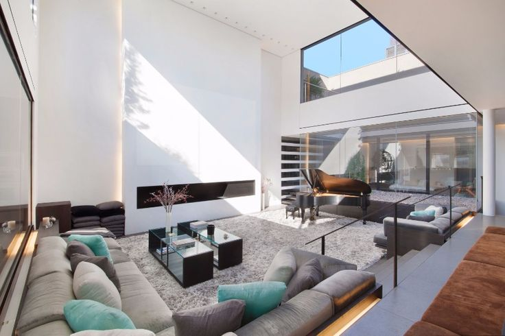 The Most Stunning Modern Sofas In Celebrity Homes | Living Room Ideas. Sectional Sofa. #modernsofas #sectionalsofa #livingroomideas Read more: http://modernsofas.eu/2016/11/02/stunning-modern-sofas-celebrity-homes/