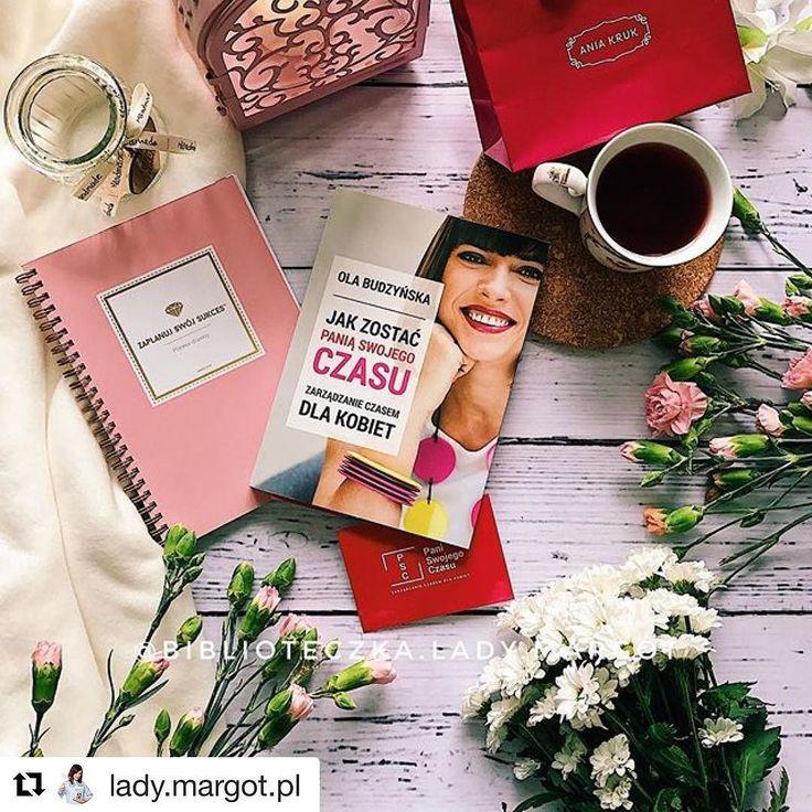 """Melduję że @lady.margot.pl od dzisiaj nazywa się właśnie tak i z jej nazwy zniknęło słowo """"biblioteczka"""". Nie powiem - trochę nerwów mnie dzisiaj kosztowało poszukiwanie jej na Insta ale co tam - zmiana super. No i @lady.margot.pl oczywiście poleca moją książkę  #psc #paniswojegoczasu #ksiazkapsc #ksiazkapaniswojegoczasu #książka #ksiazka #książki #książki #books #bookstagram #book #bookblogger #czytam #czytamy #czytambolubię #czytambolubie #readingtime #readingisfun"""