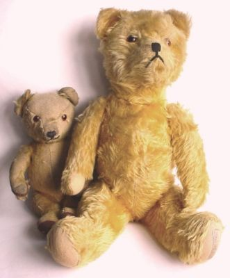 1940s toys - Google Search I have this smaller bear on the left, anyone any ideas where it was made or by which company please ? X