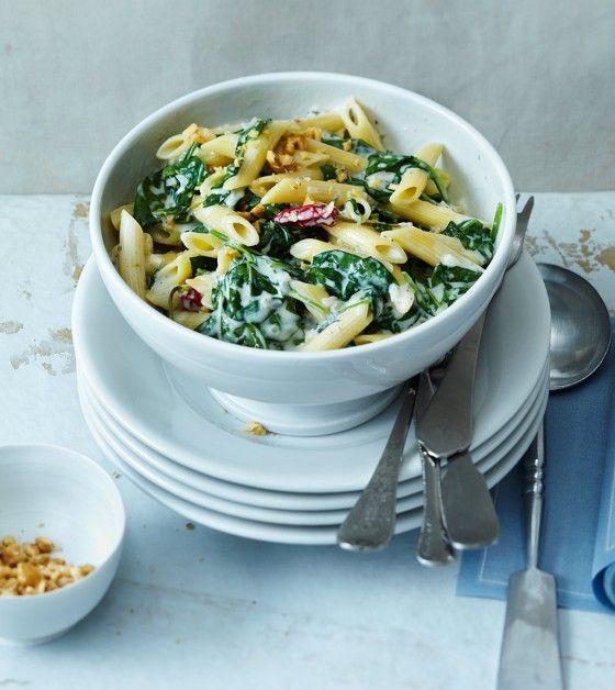 Pasta mit Gorgonzola und Spinat