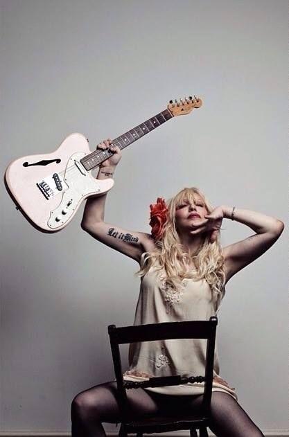 Courtney Love///Q Magazine 2014 🎸 Still a baaad bitch