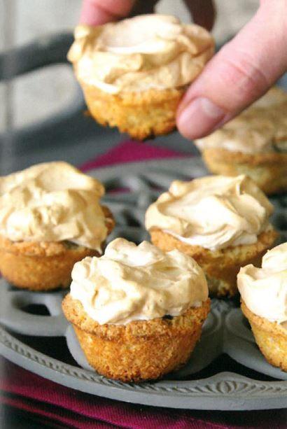 klapper meringue tertjies. Vervang meel met amandelmeel en suiker met erythritol