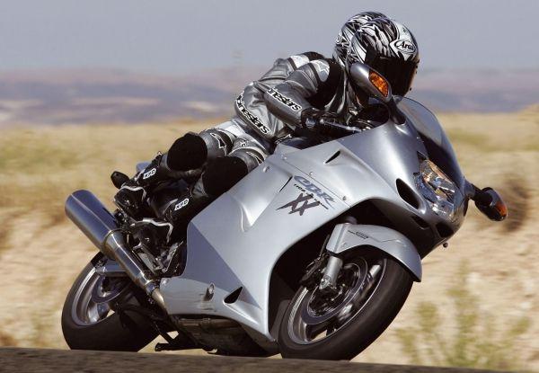 Honda CBR1100XX Super Blackbird Motor Tercepat di Dunia