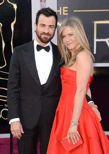 REPORT: Jennifer Aniston Says Justin Theroux Will Be an 'Amazing Father