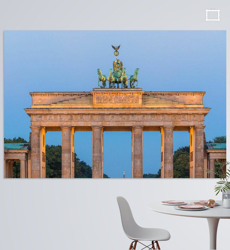 Zonsopkomst Bij De Brandenburger Tor Een 18e Eeuws Neoklassiek Monument In Berlijn Duitsland Bovenop De Poort Staat Een Quadriga In 2020 Zonsopkomst Monument Muur