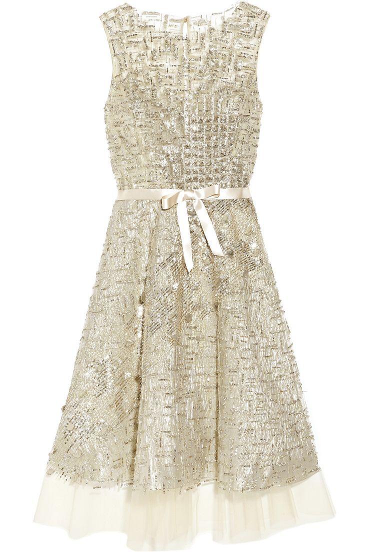 OSCAR DE LA RENTA  Embellished tulle dress