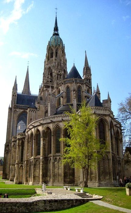 Saw the Bayeux Tapestry here. Magnificent. The Bayeux cathedral, Bayeux, Normandy, France (by sigfus.sigmundsson on Flickr