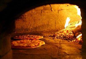 Jasper Pizza Place - Pizza Place   Pizzeria   Traditional Pan Pizza and Wood Fired Pizza - Jasper, Alberta